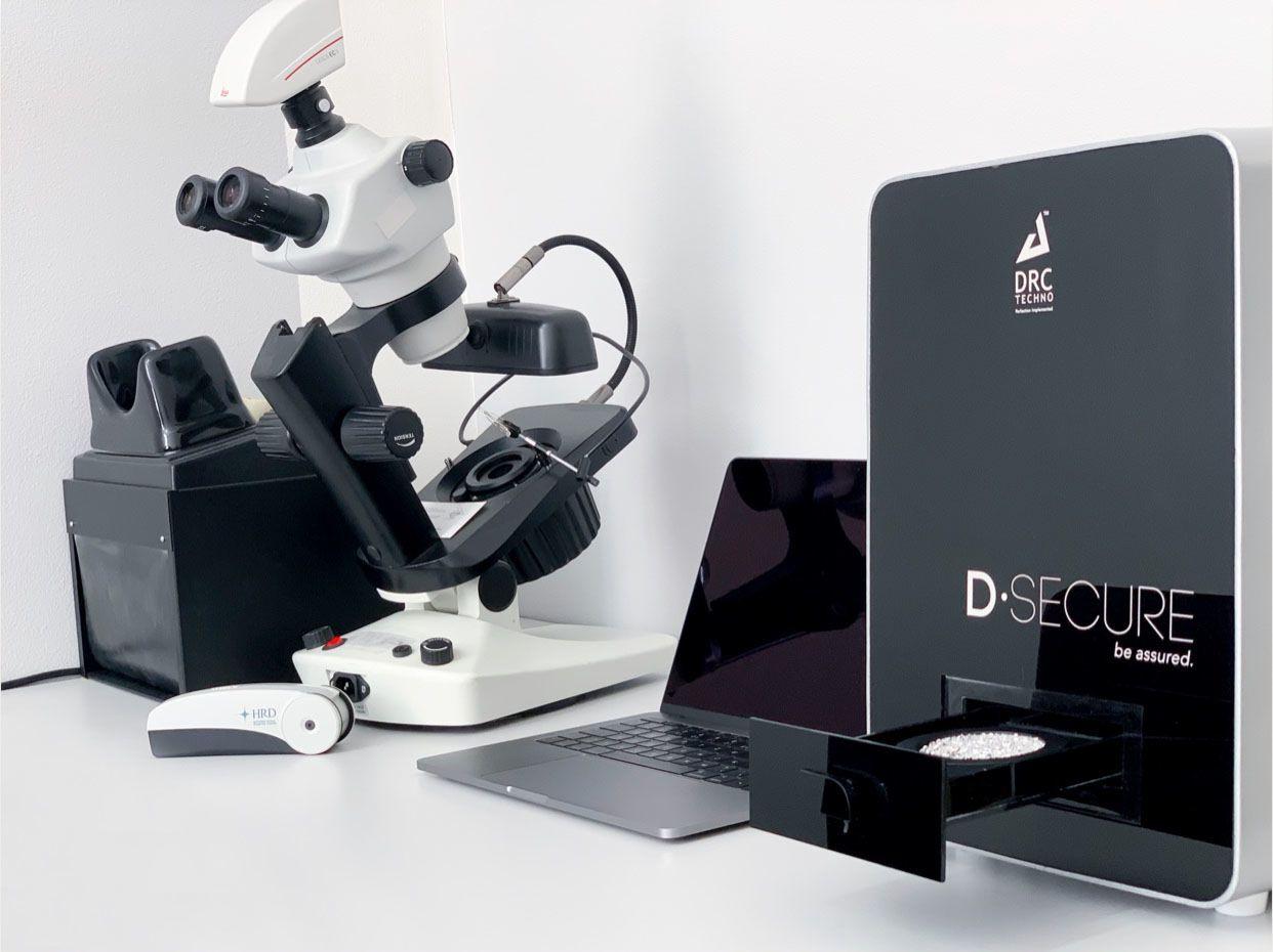 Gemologický mikroskop